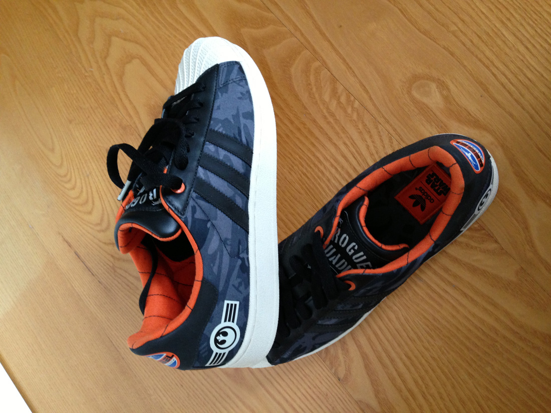 ... free shipping 892b4 d40b5 Adidas Originals Rogue Squadron Rebel Alliance  Leias Librar ... ead814d09b