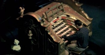 Star Wars Main Title Performed on Wurlitzer Pipe Organ